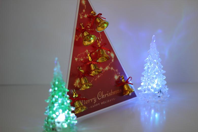 """卓上クリスマスツリー左方からの画像"""""""