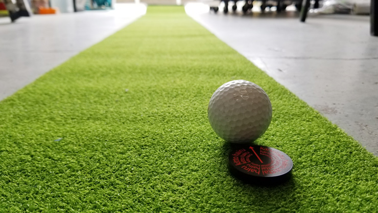 製作したゴルフマーカーを使用